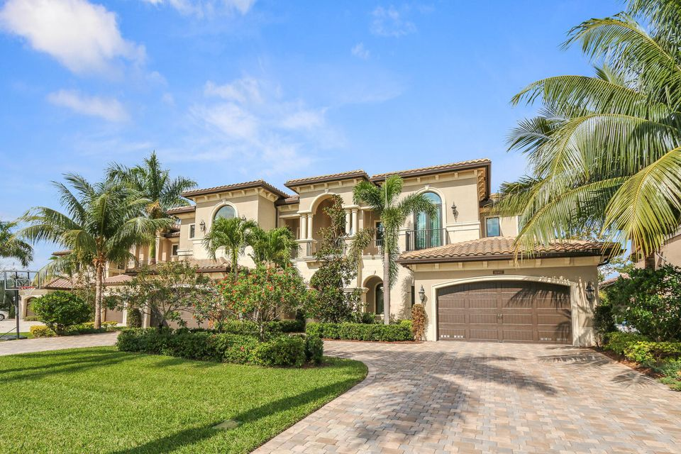 16907 Crown Bridge Drive, Delray Beach, FL 33446