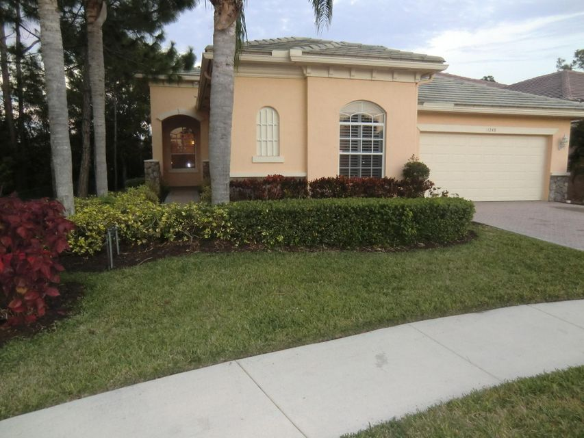 11243 Osprey Lake Lane  West Palm Beach, FL 33412