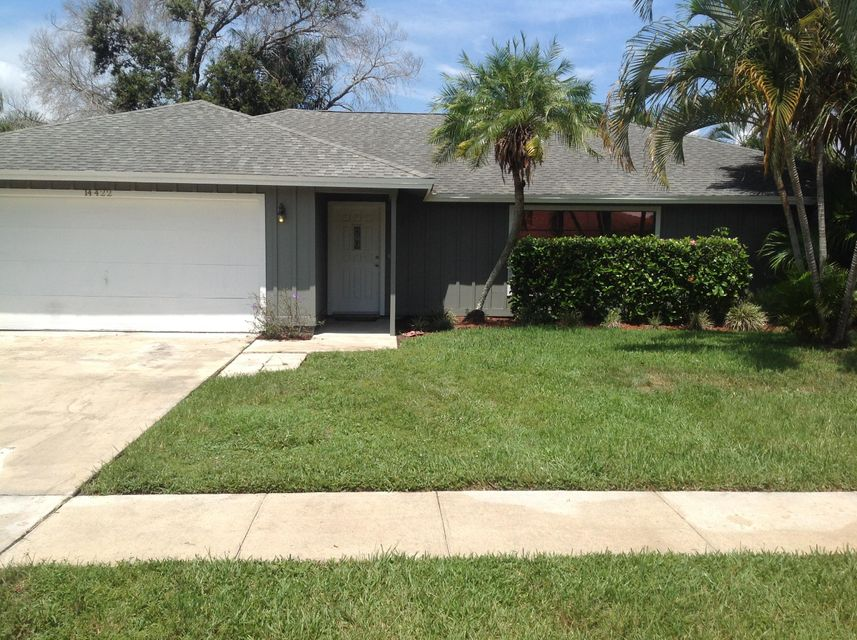 14422 Blackberry Drive, Wellington, FL 33414