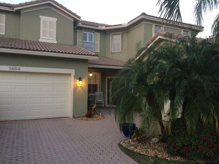 1454 Newhaven Point Lane, West Palm Beach, FL 33411