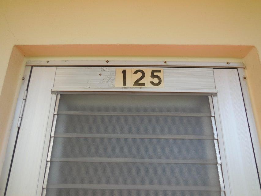 125 Camden F, West Palm Beach, FL 33417
