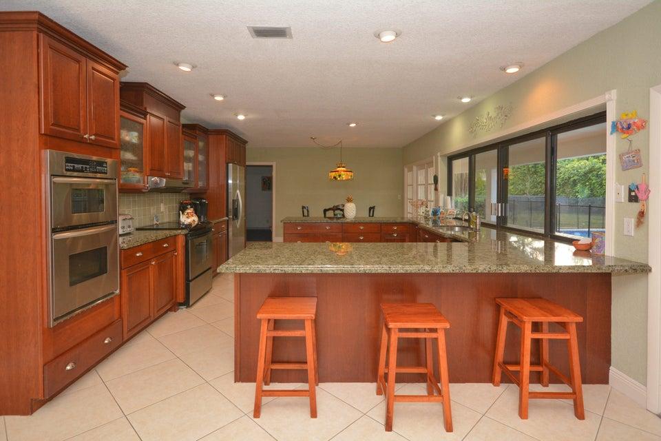 6899 Viento Way, Boca Raton, FL 33433