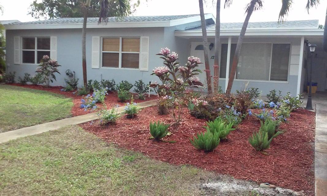 124 SE 24th Avenue, Boynton Beach, FL 33435
