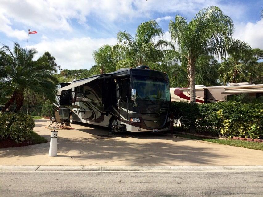 土地,用地 为 销售 在 39 NW Boundary Drive 39 NW Boundary Drive 圣露西港, 佛罗里达州 34986 美国