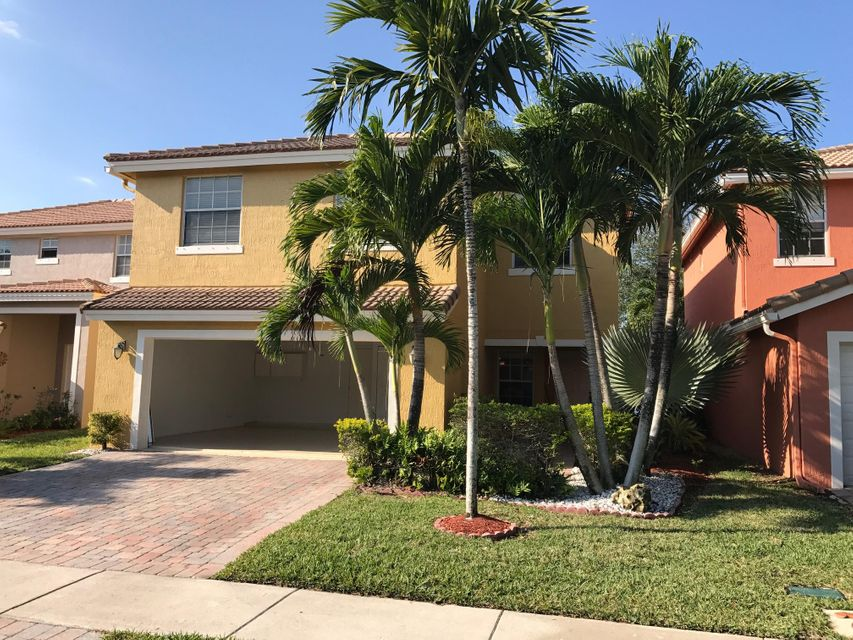 3270 Turtle Cove  West Palm Beach, FL 33411