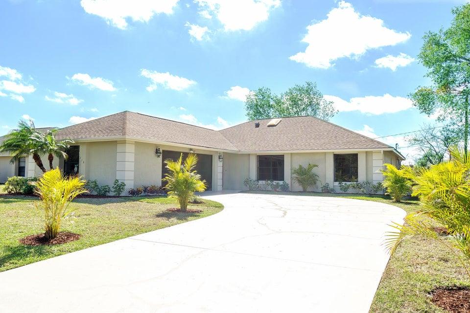 316 SE Inwood Avenue - Port Saint Lucie, Florida