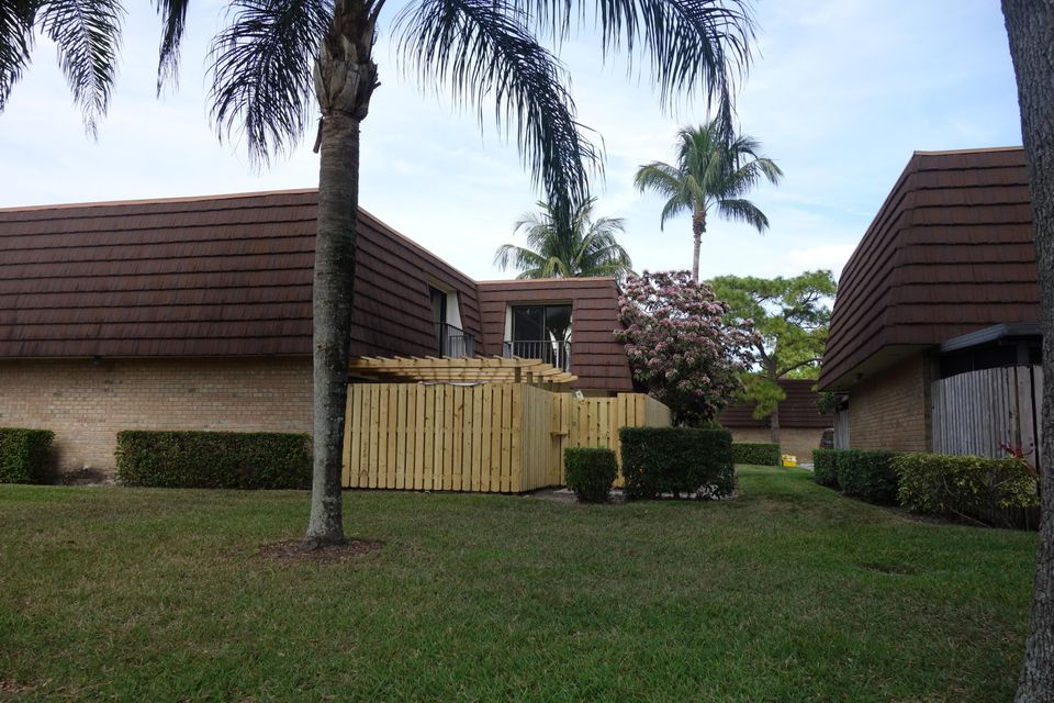 تاون هاوس للـ Rent في 605 6th Lane 605 6th Lane Palm Beach Gardens, Florida 33418 United States