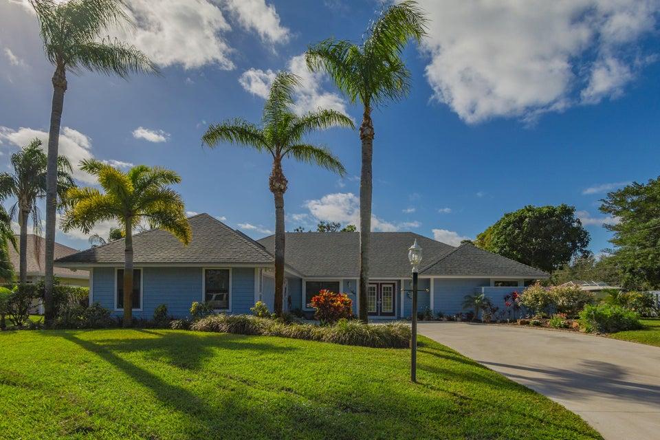 10820 SE Seminole Road, Tequesta, FL 33469