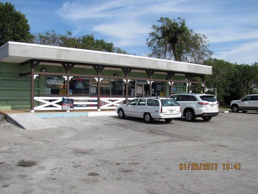 37071 Main Street, Canal Point, FL 33438