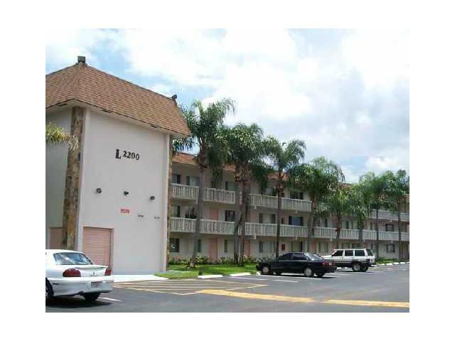 2000 Springdale Boulevard 304, Palm Springs, FL 33461