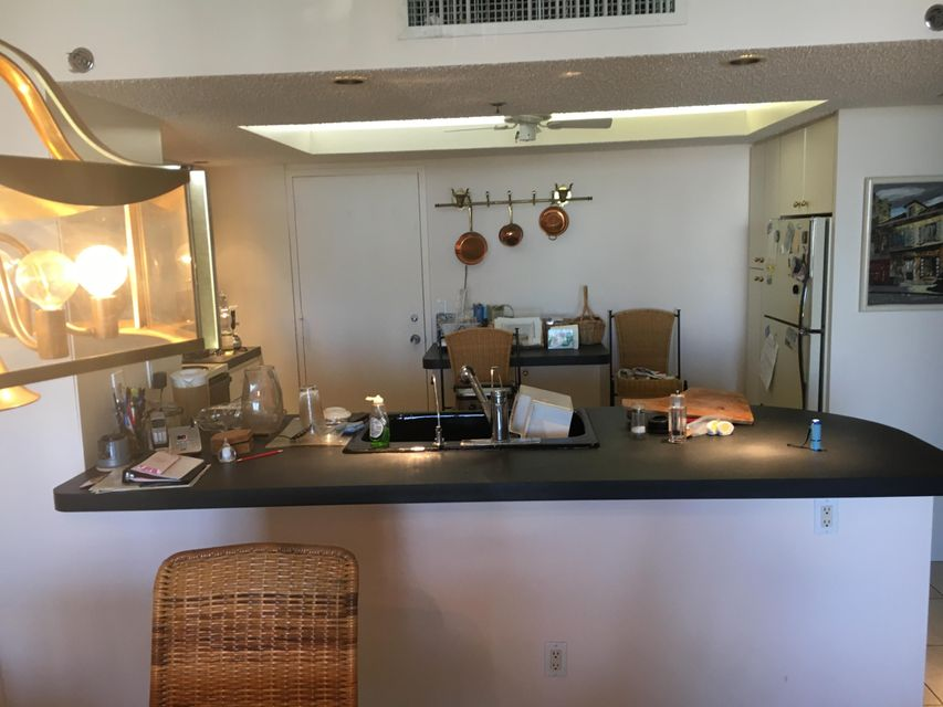 Additional photo for property listing at 4750 S Ocean Boulevard  Highland Beach, Florida 33487 United States