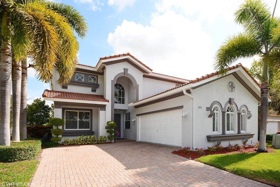 9211 Citrus Isle Lane, Lake Worth, FL 33467