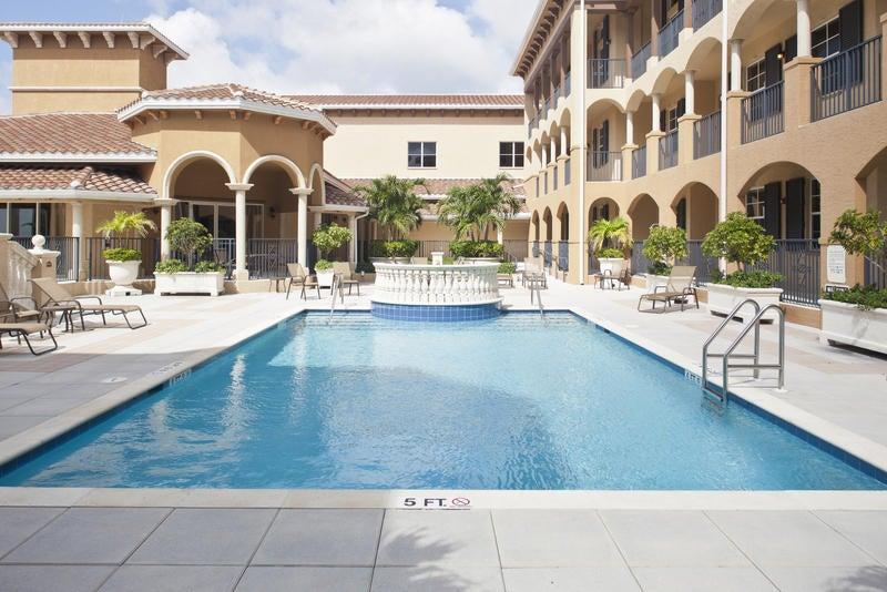 20 Orange Avenue 301, Fort Pierce, FL 34950