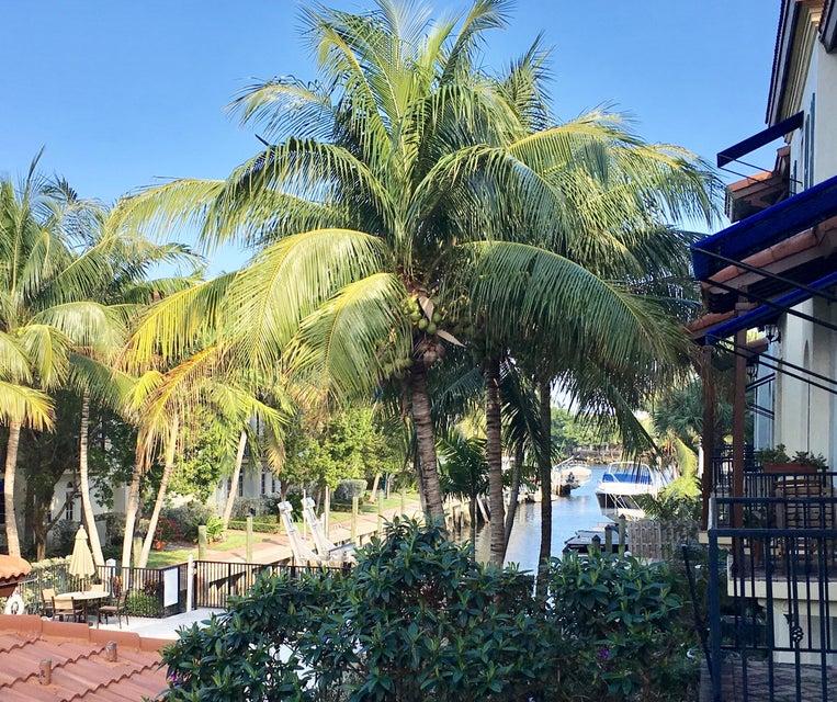 803 Estancia Way, Boynton Beach, FL 33435