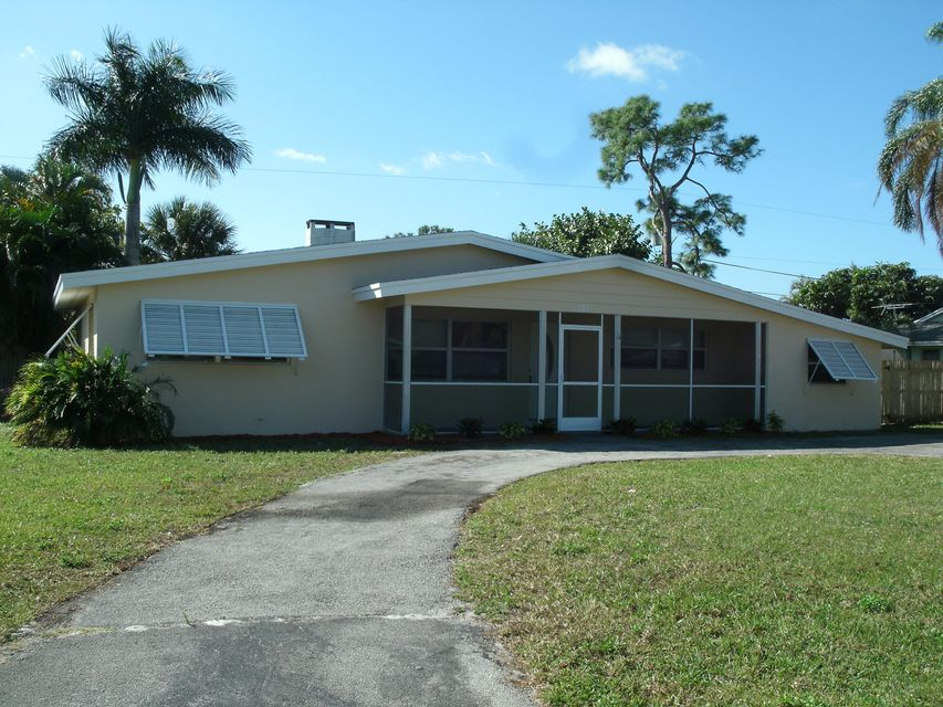 121 W Pine Tree Avenue , Lake Worth FL 33467 is listed for sale as MLS Listing RX-10308199 20 photos