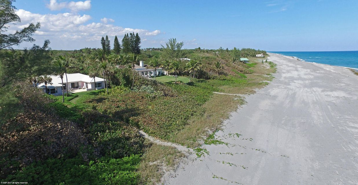 407 S Beach Road, Hobe Sound, FL 33455