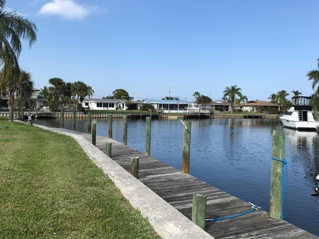 1745 SW Captains Place, Palm City, FL 34990
