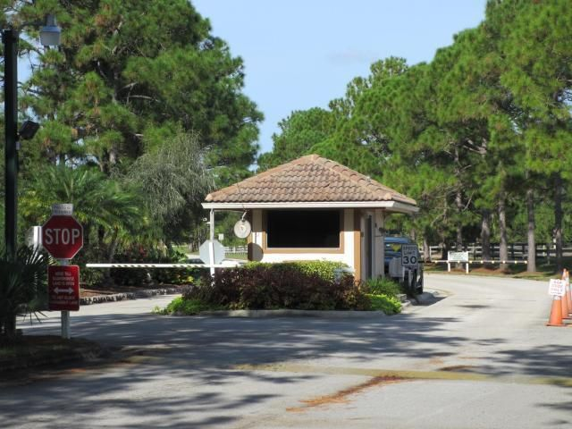 Additional photo for property listing at 10399 SW Stones Throw Terrace  Palm City, 佛罗里达州 34990 美国