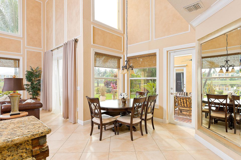 Additional photo for property listing at 8856 Starhaven Cove  Boynton Beach, Florida 33473 United States