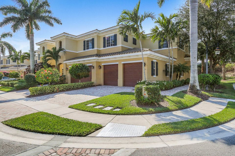 325 Chambord Terrace , Palm Beach Gardens FL 33410 is listed for sale as MLS Listing RX-10308981 20 photos
