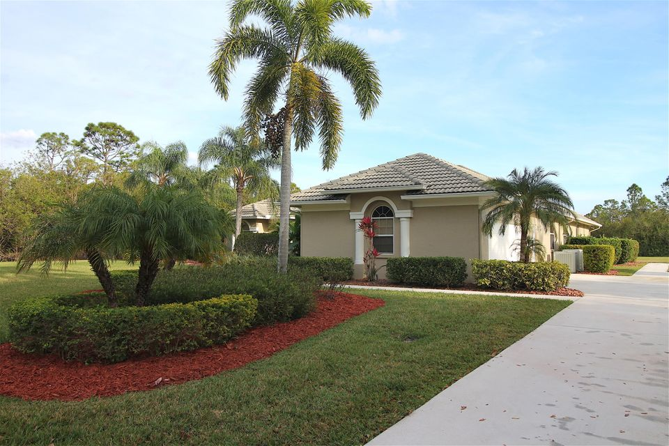 Additional photo for property listing at 8059 Spendthrift Lane  Port St. Lucie, Florida 34986 États-Unis