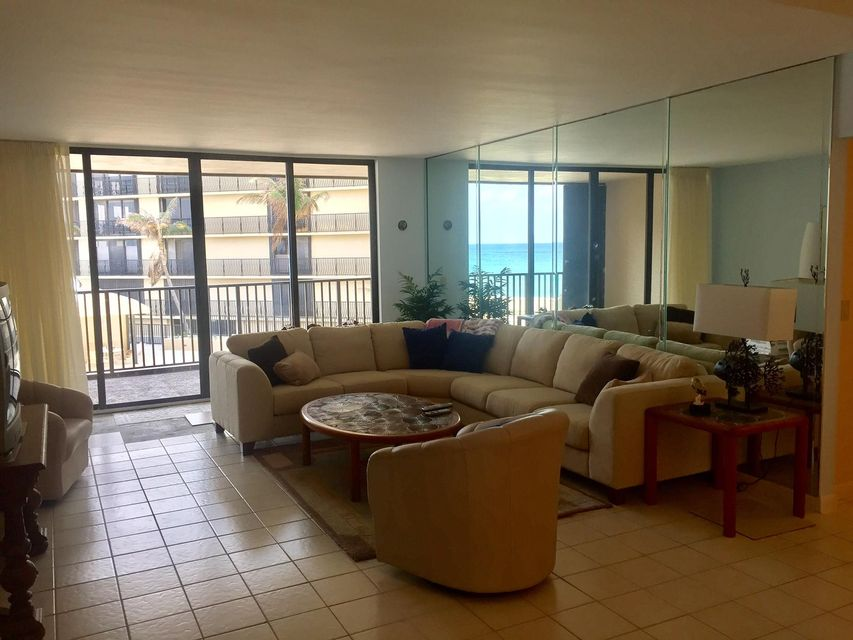 Additional photo for property listing at 3610 S Ocean Boulevard 3610 S Ocean Boulevard South Palm Beach, Florida 33480 United States
