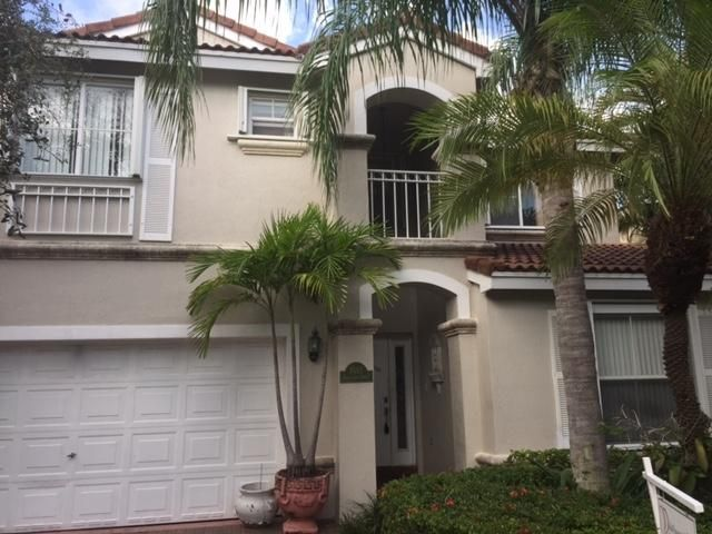 1085 Satinleaf Street, Hollywood, FL 33019