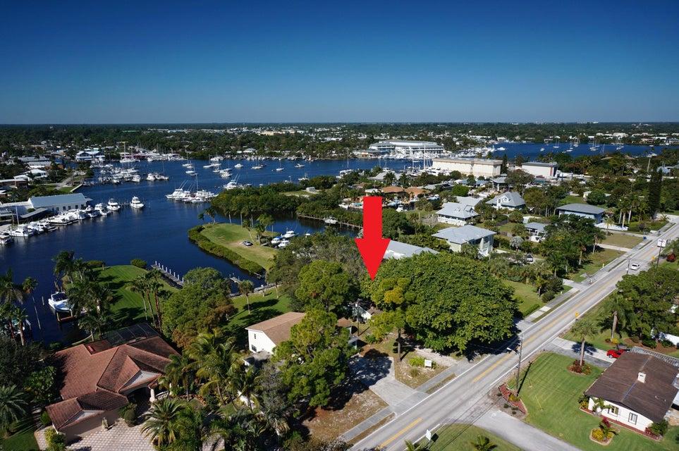 4680 SE Robertson Road, Stuart, FL 34997