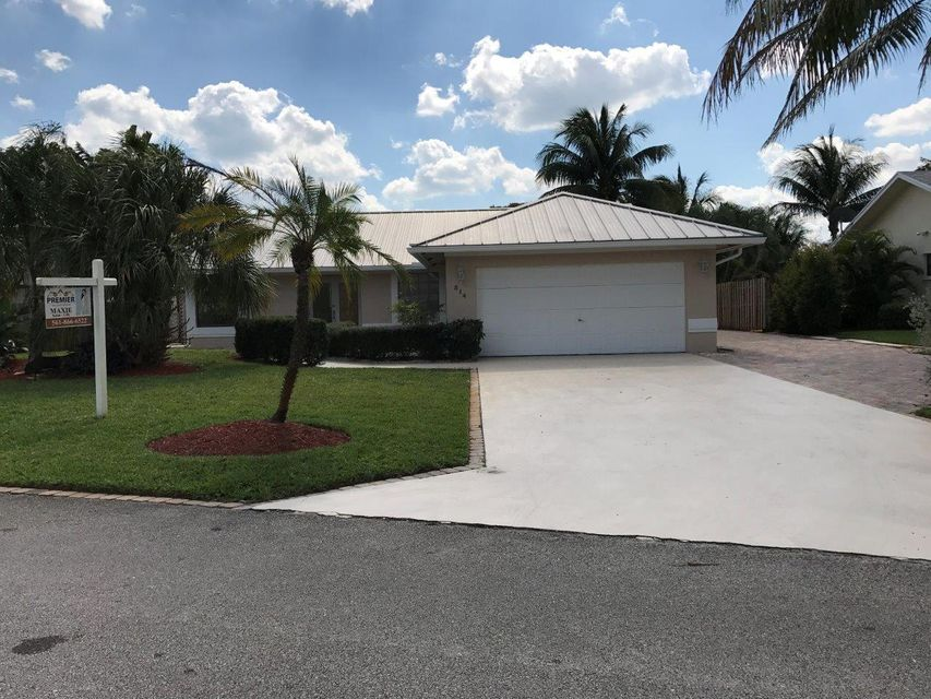 514 Enfield Road, Delray Beach, FL 33444