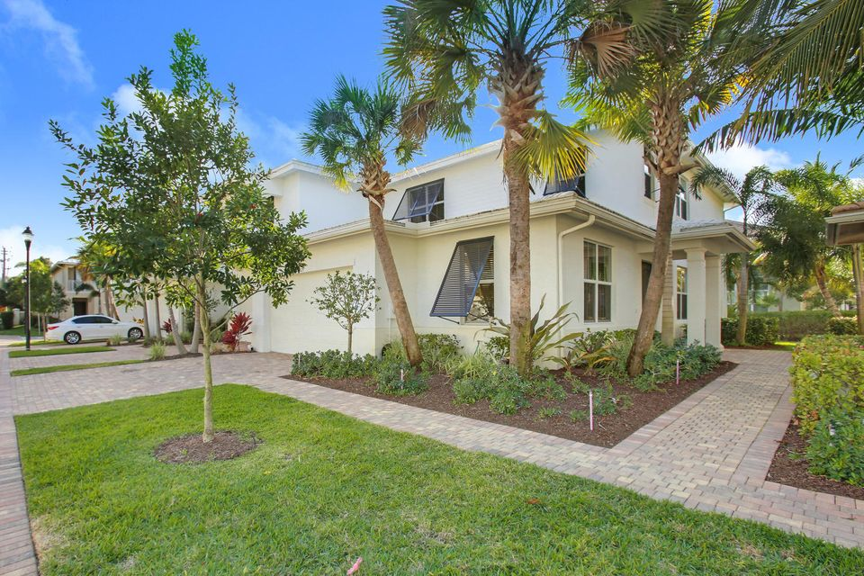 Townhouse for Sale at 1025 Piccadilly Street 1025 Piccadilly Street Palm Beach Gardens, Florida 33418 United States