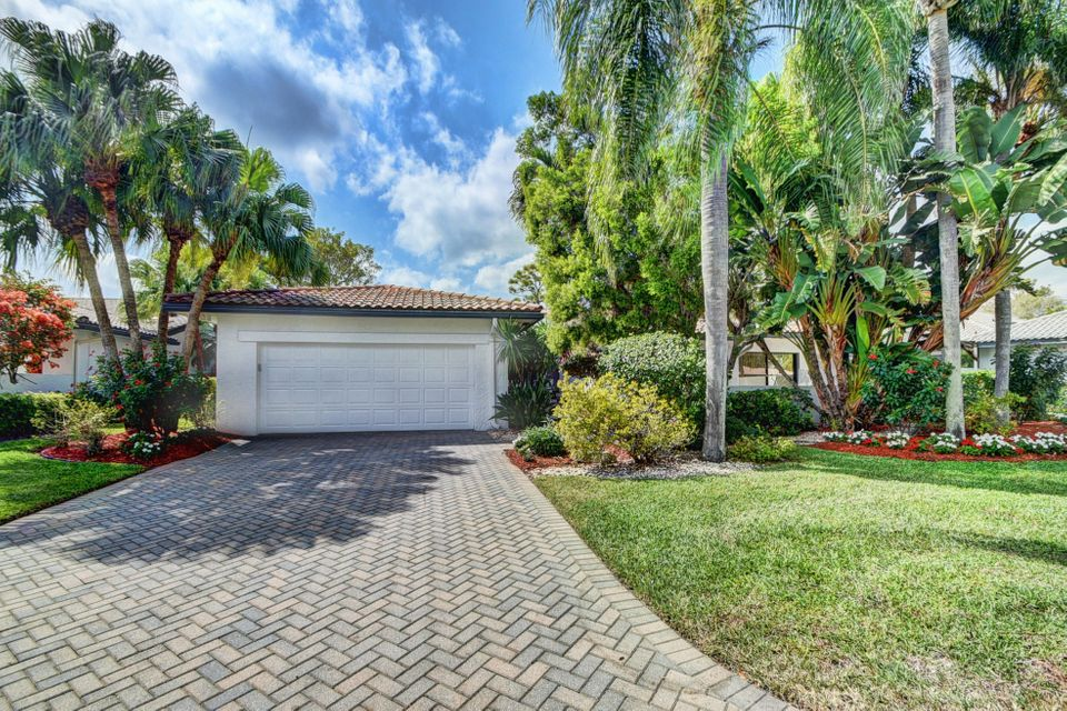 63 Northwoods Lane, Boynton Beach, FL 33436