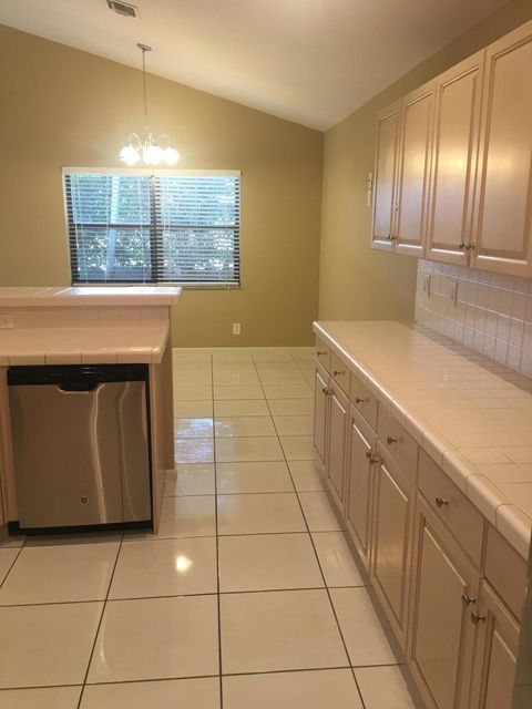 Additional photo for property listing at 10261 Lexington Lakes Boulevard S  Boynton Beach, Florida 33436 United States