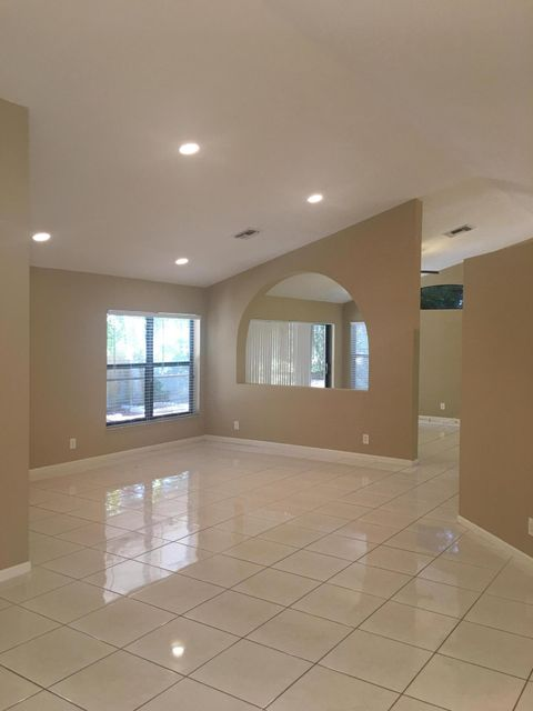 Additional photo for property listing at 10261 Lexington Lakes Boulevard S 10261 Lexington Lakes Boulevard S Boynton Beach, Florida 33436 United States