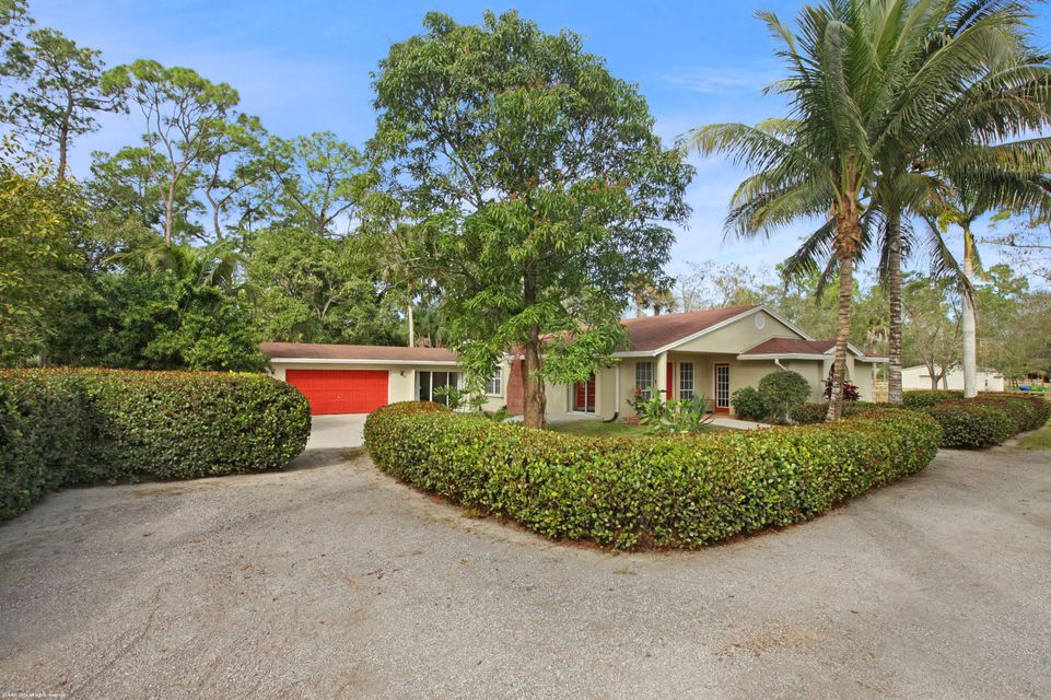 Single Family Home for Sale at 13899 E Citrus Drive 13899 E Citrus Drive Loxahatchee Groves, Florida 33470 United States