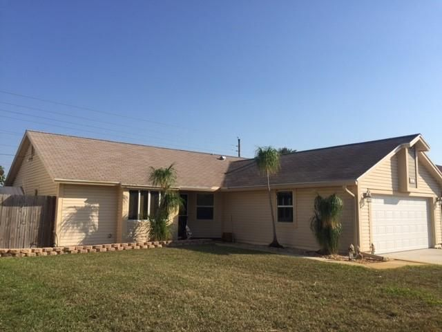 1817  Banyan Creek Circle is listed as MLS Listing RX-10309168 with 7 pictures