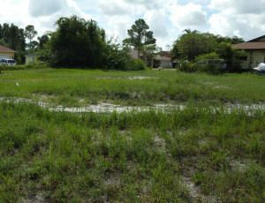 Land for Sale at 182 NW Curry Street 182 NW Curry Street Port St. Lucie, Florida 34983 United States