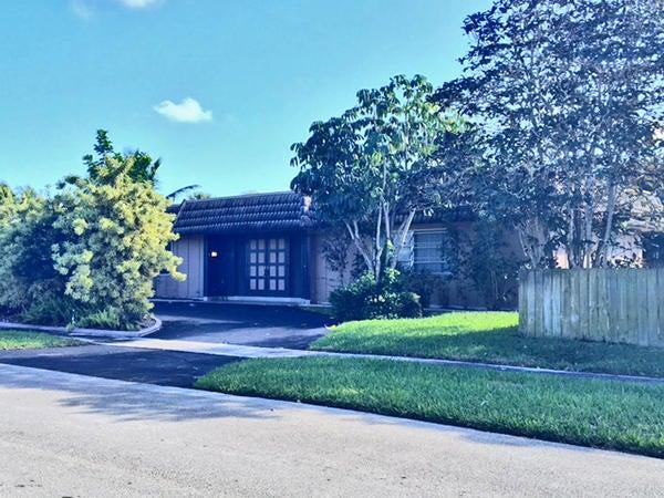 1424 SW 13th Drive, Boca Raton, FL 33486