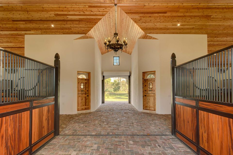 Additional photo for property listing at 13305 Indian Mound Road  Wellington, Florida 33414 Estados Unidos
