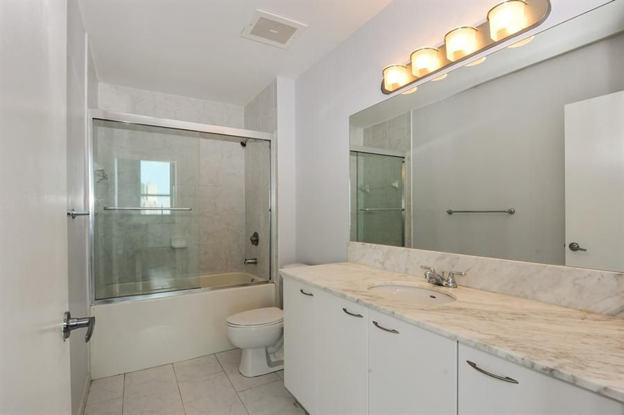 Additional photo for property listing at 133 NE 2nd Avenue  Miami, Florida 33132 Vereinigte Staaten