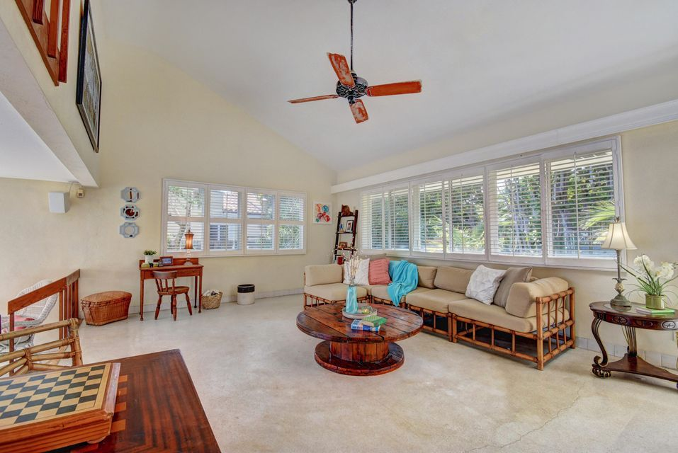 Additional photo for property listing at 901 SE 7th Avenue  Delray Beach, Florida 33483 États-Unis