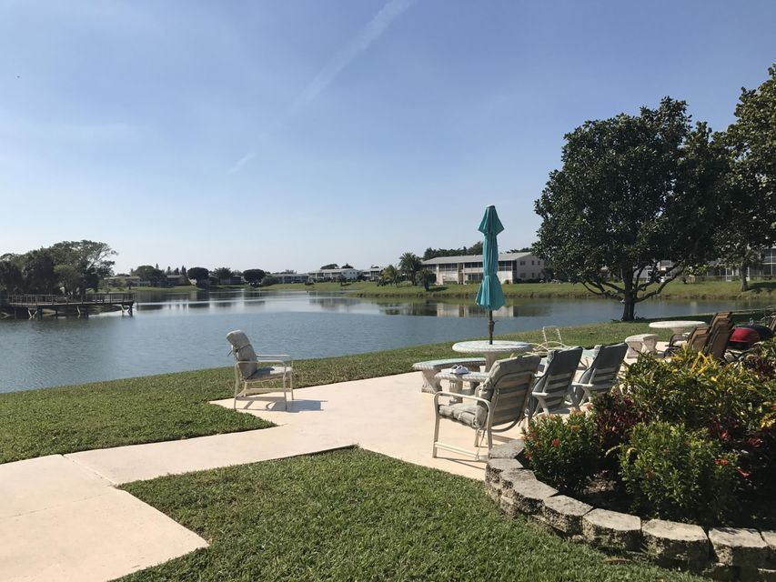 Co-op / Condo for Sale at 182 Stratford N 182 Stratford N West Palm Beach, Florida 33417 United States