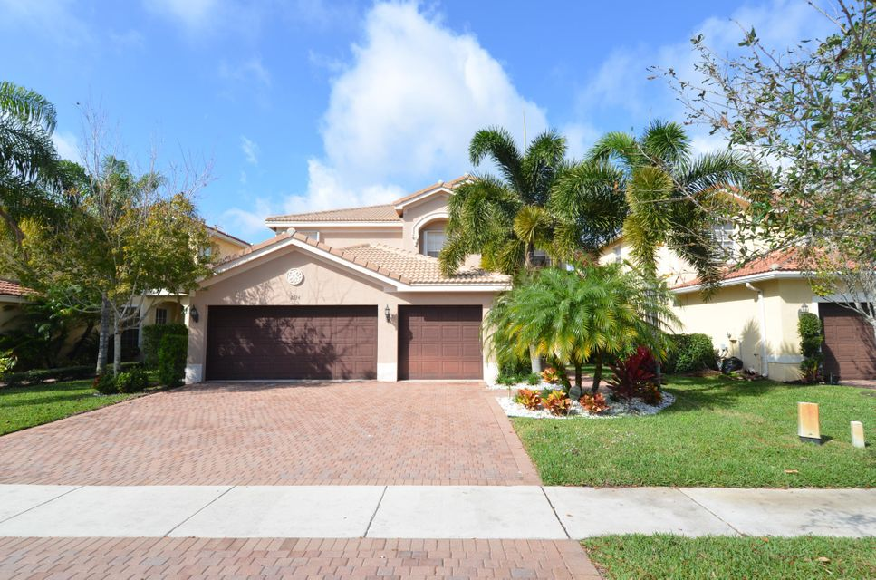 8136  Emerald Winds Circle is listed as MLS Listing RX-10310092 with 36 pictures