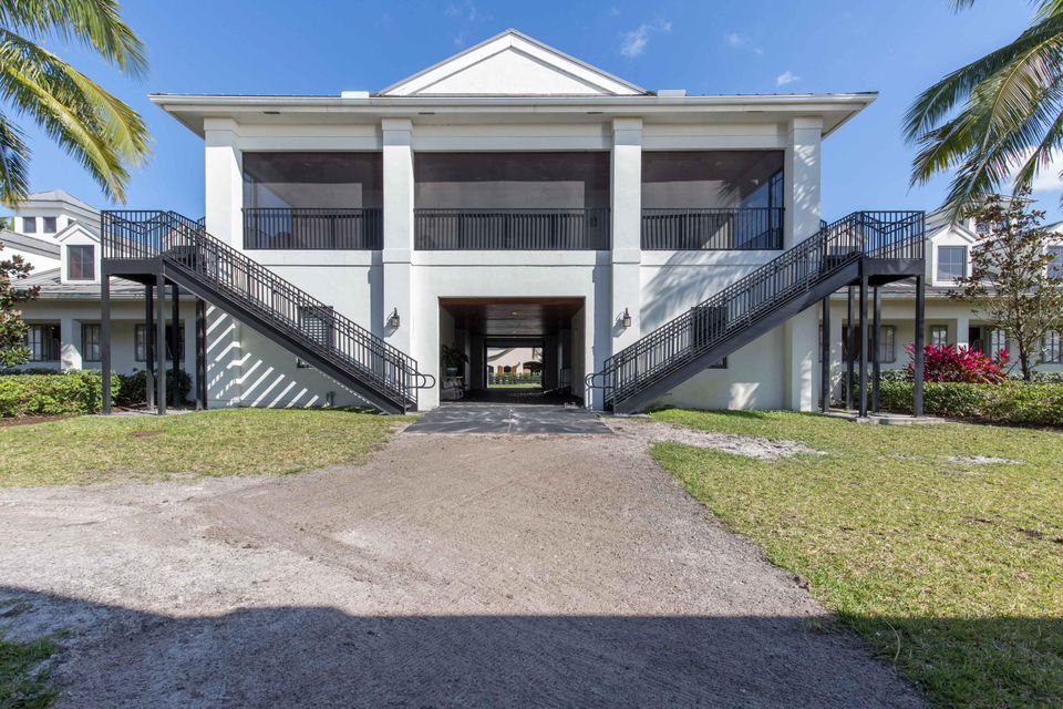 Additional photo for property listing at 3905 Gem Twist Court 3905 Gem Twist Court Wellington, Florida 33414 United States