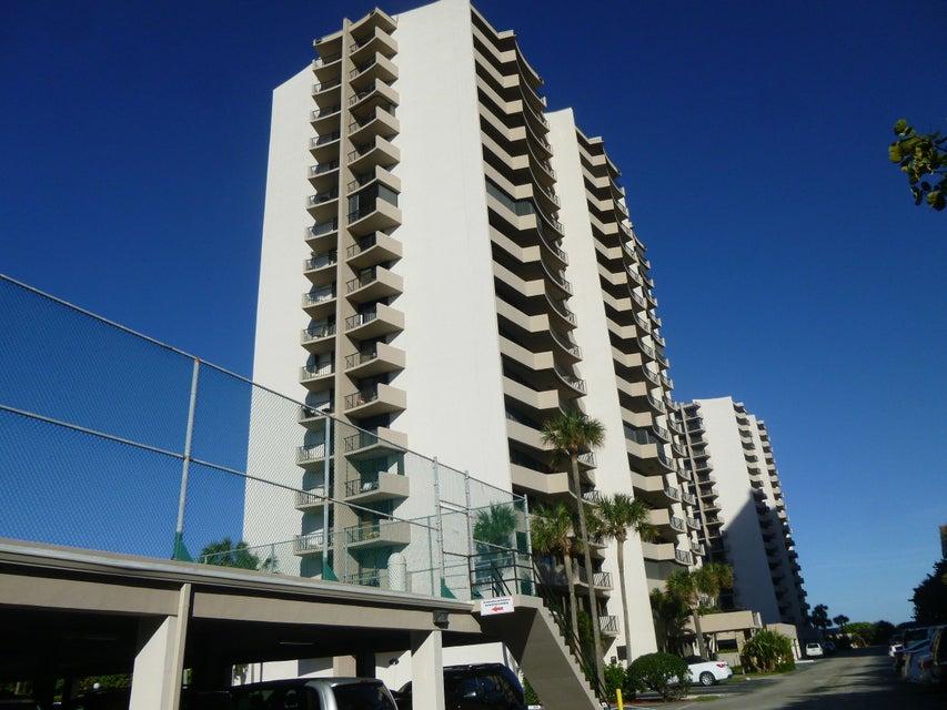 4200 N Ocean Drive 2-802, Singer Island, FL 33404