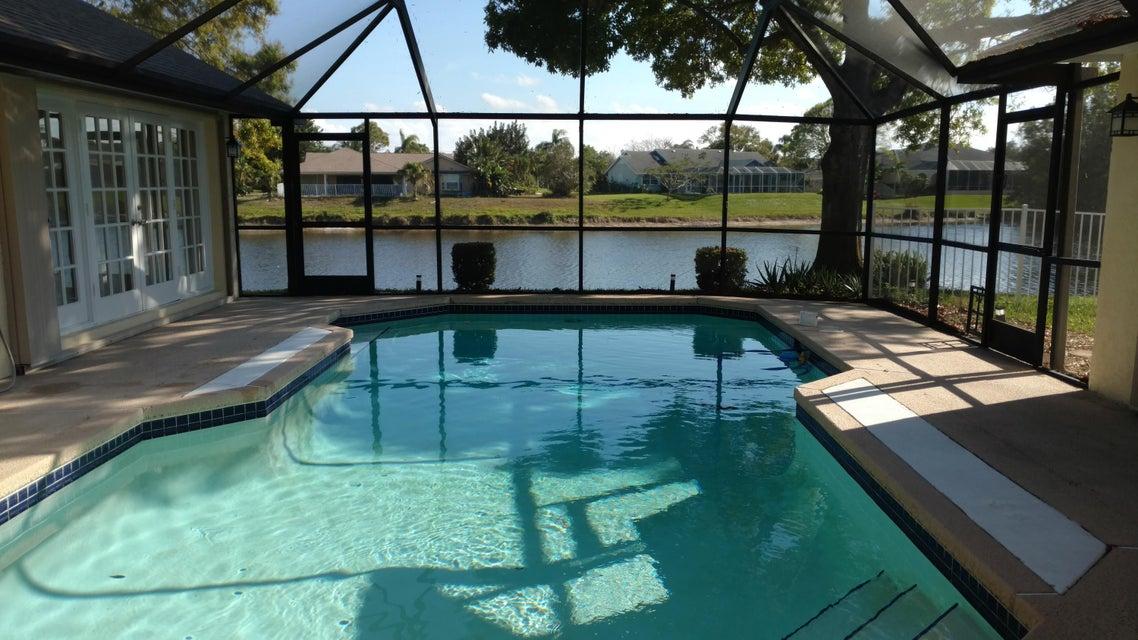 175 NE Elm Terrace, Jensen Beach, FL 34957