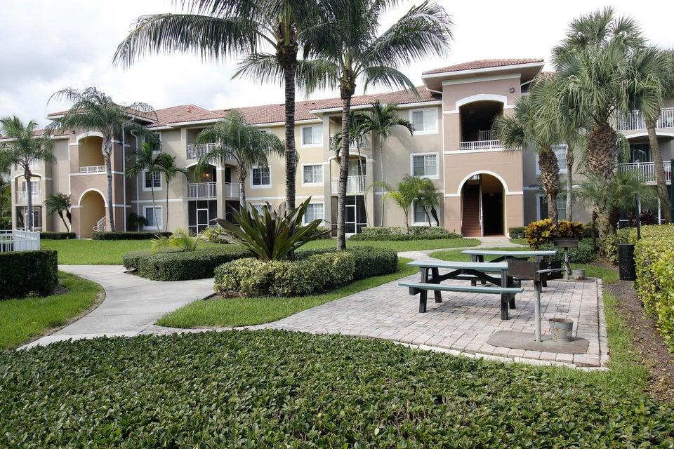 6394 Emerald Dunes Drive 304, West Palm Beach, FL 33411