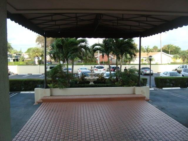 Additional photo for property listing at 5600 N Flagler Drive E 5600 N Flagler Drive E 西棕榈滩, 佛罗里达州 33407 美国