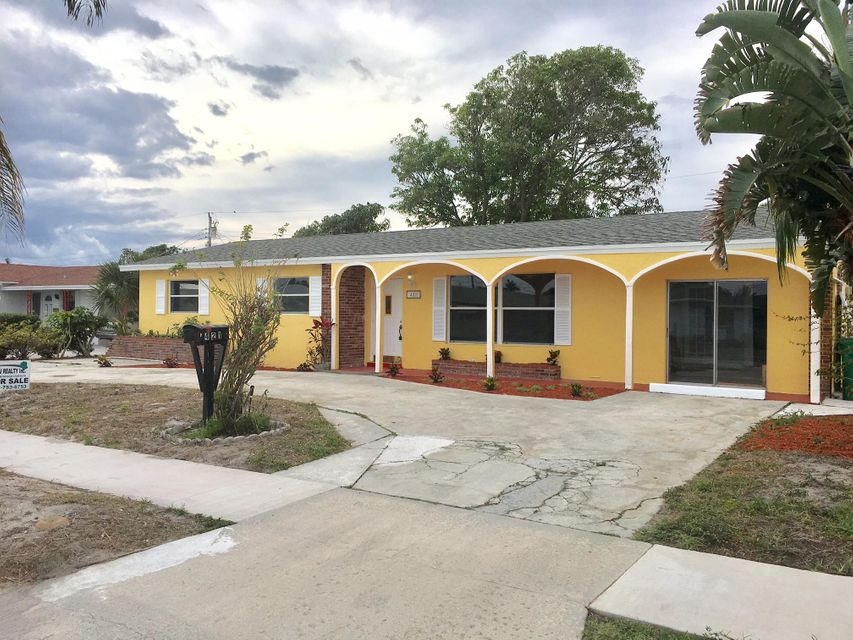 421 W 31st Street is listed as MLS Listing RX-10310232 with 7 pictures