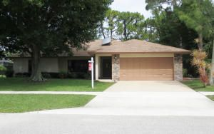 1221 Primrose Lane, Wellington, FL 33411