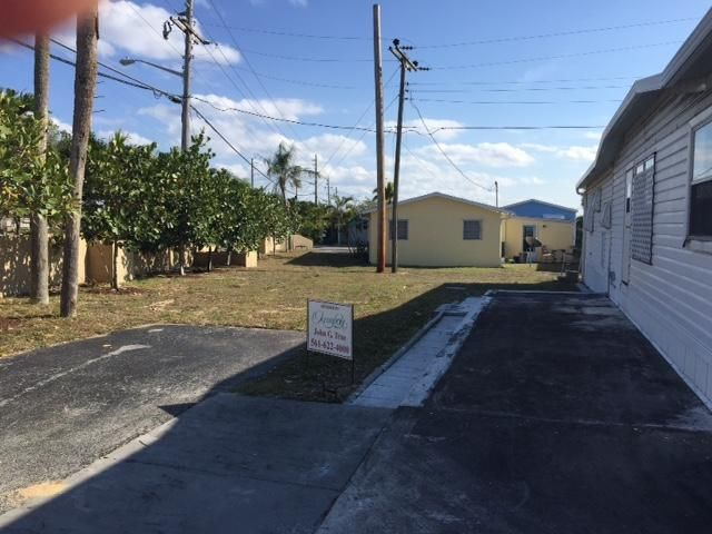 Additional photo for property listing at 14661 Us Highway One  Juno Beach, Florida 33408 United States